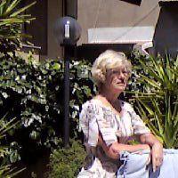 Lees elke maand over Cherie en haar leven op Sardinie.